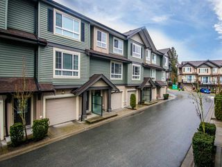 Photo 3: 30 21867 50 AVENUE in Langley: Murrayville Townhouse for sale : MLS®# R2132067