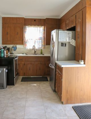 Photo 6: 524 Semple Avenue in Winnipeg: Single Family Attached for sale (4D)  : MLS®# 1906918