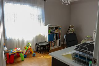Photo 12: 524 Semple Avenue in Winnipeg: Single Family Attached for sale (4D)  : MLS®# 1906918