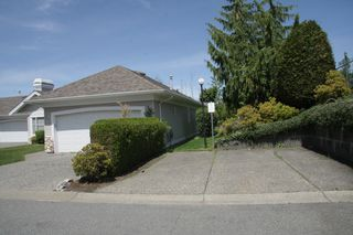 Photo 4: 14 31501 Upper Maclure Road in Abbotsford: Townhouse for sale : MLS®# R2372107