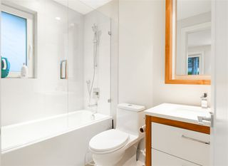 Photo 17: 2220 LAWSON Avenue in West Vancouver: Dundarave House for sale : MLS®# R2407161