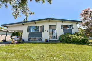 Main Photo: 6050 GLENMORE Drive in Sardis: Sardis West Vedder Rd House for sale : MLS®# R2430885