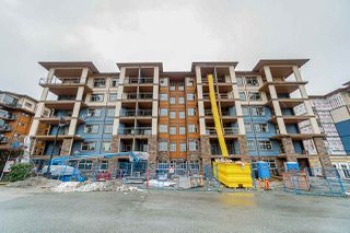 """Main Photo: 614 20673 78 Avenue in Langley: Willoughby Heights Condo for sale in """"GRAYSON"""" : MLS®# R2432784"""