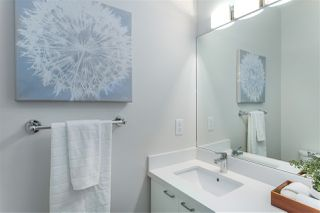Photo 10: 1779 E 14TH Avenue in Vancouver: Grandview Woodland House 1/2 Duplex for sale (Vancouver East)  : MLS®# R2436791