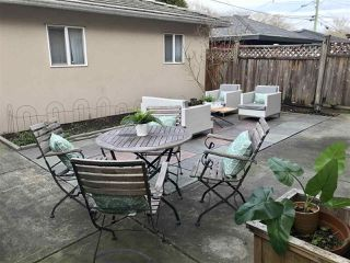 Photo 16: 1779 E 14TH Avenue in Vancouver: Grandview Woodland House 1/2 Duplex for sale (Vancouver East)  : MLS®# R2436791