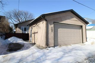 Photo 12: 702 Madeline Street in Winnipeg: West Transcona Residential for sale (3L)  : MLS®# 202005375