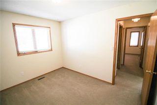 Photo 10: 702 Madeline Street in Winnipeg: West Transcona Residential for sale (3L)  : MLS®# 202005375