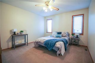 Photo 8: 702 Madeline Street in Winnipeg: West Transcona Residential for sale (3L)  : MLS®# 202005375