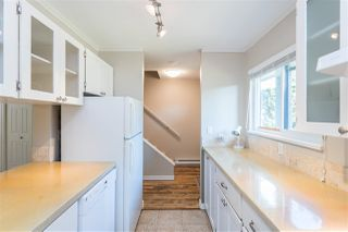 "Photo 5: 853 BLACKSTOCK Road in Port Moody: North Shore Pt Moody Townhouse for sale in ""WOODSIDE VILLAGE"" : MLS®# R2447031"