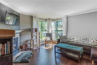 Photo 4: 203 1190 View St in Victoria: Vi Downtown Condo for sale : MLS®# 845109