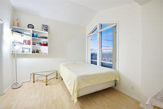 Photo 12: 401 1958 E 47TH Avenue in Vancouver: Killarney VE Condo for sale (Vancouver East)  : MLS®# R2482938