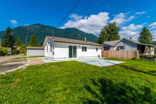Photo 22: 274 CARIBOO Avenue in Hope: Hope Center House for sale : MLS®# R2486567