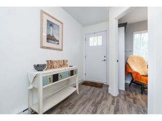 """Photo 5: 4 3039 156 Street in Surrey: Grandview Surrey Townhouse for sale in """"NICHE"""" (South Surrey White Rock)  : MLS®# R2502386"""
