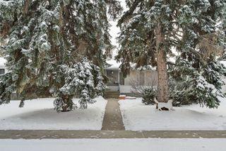 Photo 3: 14627 88 Avenue NW: Edmonton House for sale