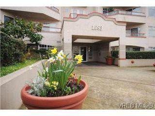 Photo 17: 111 1083 Tillicum Road in VICTORIA: Es Kinsmen Park Condo Apartment for sale (Esquimalt)  : MLS®# 274892