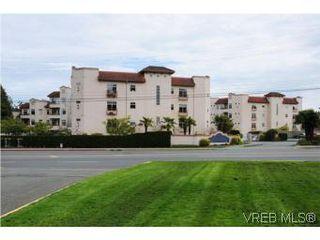Photo 18: 111 1083 Tillicum Road in VICTORIA: Es Kinsmen Park Condo Apartment for sale (Esquimalt)  : MLS®# 274892