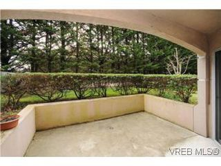 Photo 19: 111 1083 Tillicum Road in VICTORIA: Es Kinsmen Park Condo Apartment for sale (Esquimalt)  : MLS®# 274892