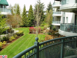 "Photo 9: 206 1785 MARTIN Drive in Surrey: Sunnyside Park Surrey Condo for sale in ""SOUTHWYND"" (South Surrey White Rock)  : MLS®# F1208997"