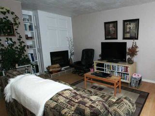 Photo 3: 125 Storybook Terrace NW in CALGARY: Ranchlands Townhouse for sale (Calgary)  : MLS®# C3540039