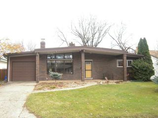 Photo 1: 34 Pawnee Bay in WINNIPEG: Windsor Park / Southdale / Island Lakes Residential for sale (South East Winnipeg)  : MLS®# 1222032
