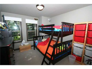 Photo 11: 2613 26A Street SW in CALGARY: Killarney Glengarry Residential Attached for sale (Calgary)  : MLS®# C3545458