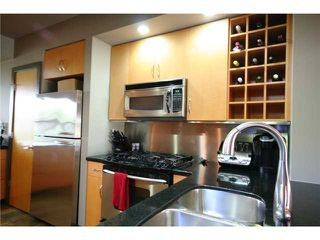 Photo 3: 2613 26A Street SW in CALGARY: Killarney Glengarry Residential Attached for sale (Calgary)  : MLS®# C3545458