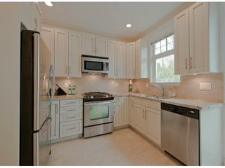 """Photo 2: 38 2979 156TH Street in Surrey: Grandview Surrey Townhouse for sale in """"ENCLAVE"""" (South Surrey White Rock)  : MLS®# F1309924"""