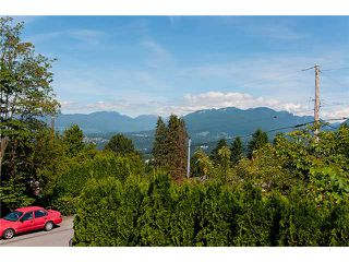Photo 10: 126 N HYTHE Avenue in Burnaby: Capitol Hill BN House for sale (Burnaby North)  : MLS®# V1015632