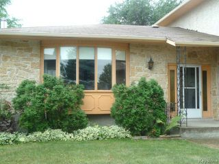 Photo 2: 43 GARDENIA Bay in WINNIPEG: Maples / Tyndall Park Residential for sale (North West Winnipeg)  : MLS®# 1320044