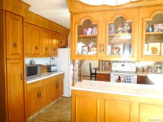 Photo 9: 43 GARDENIA Bay in WINNIPEG: Maples / Tyndall Park Residential for sale (North West Winnipeg)  : MLS®# 1320044