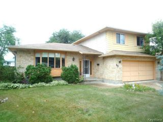 Photo 1: 43 GARDENIA Bay in WINNIPEG: Maples / Tyndall Park Residential for sale (North West Winnipeg)  : MLS®# 1320044