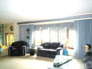 Photo 4: 43 GARDENIA Bay in WINNIPEG: Maples / Tyndall Park Residential for sale (North West Winnipeg)  : MLS®# 1320044