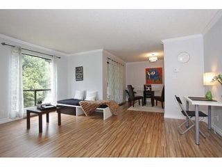 Photo 5: 14808 HOLLY PARK LN in Surrey: Guildford Condo for sale (North Surrey)  : MLS®# F1418544