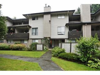 Photo 10: 14808 HOLLY PARK LN in Surrey: Guildford Condo for sale (North Surrey)  : MLS®# F1418544