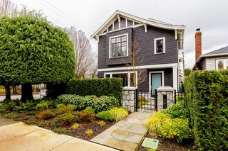 Photo 1: 1899 WHYTE AVENUE in Vancouver: Kitsilano House for sale (Vancouver West)  : MLS®# R2029542