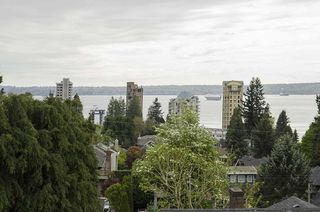 Photo 18: 2256 LAWSON AVE in West Vancouver: Dundarave House for sale : MLS®# R2058746