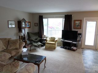 Photo 2: 32932 1st Avenue in Mission: Mission BC House for sale : MLS®# R2158777