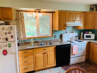 Photo 4: 10208 31 Street in Edmonton: Zone 23 House for sale : MLS®# E4172838