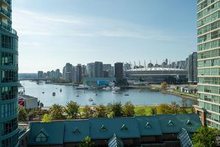"Main Photo: 1105 1159 MAIN Street in Vancouver: Downtown VE Condo for sale in ""City Gate II"" (Vancouver East)  : MLS®# R2419531"