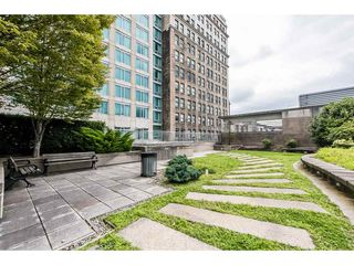 "Photo 15: 2708 438 SEYMOUR Street in Vancouver: Downtown VW Condo for sale in ""CONFERENCE PLAZA"" (Vancouver West)  : MLS®# R2421641"