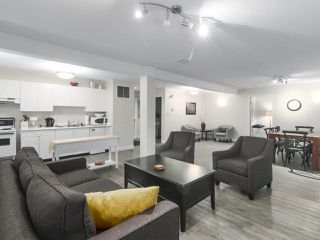 """Photo 18: 203 15991 THRIFT Avenue: White Rock Condo for sale in """"ARCADIAN"""" (South Surrey White Rock)  : MLS®# R2426934"""
