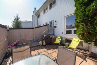 Photo 2: 134 MARLBOROUGH Place in Edmonton: Zone 20 Townhouse for sale : MLS®# E4194613