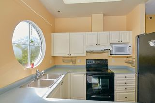Photo 1: 68 2733 E KENT AVENUE NORTH in Vancouver: South Marine Townhouse for sale (Vancouver East)  : MLS®# R2498947