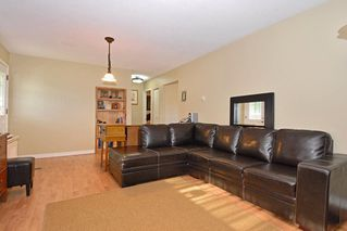 Photo 4: 15837 Thrift Avenue in White Rock: Home for sale : MLS®# F1005736