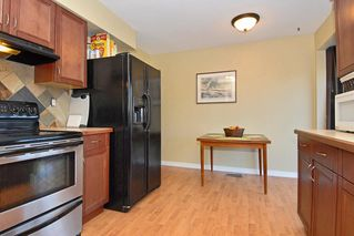 Photo 7: 15837 Thrift Avenue in White Rock: Home for sale : MLS®# F1005736
