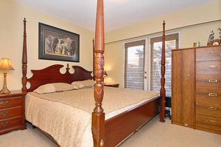 Photo 8: 15837 Thrift Avenue in White Rock: Home for sale : MLS®# F1005736