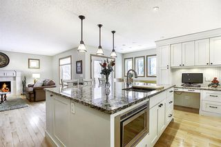Photo 5: 202 Panorama Hills Close NW in Calgary: Panorama Hills Detached for sale : MLS®# A1048265