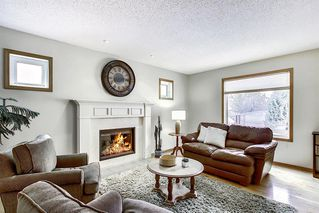 Photo 4: 202 Panorama Hills Close NW in Calgary: Panorama Hills Detached for sale : MLS®# A1048265