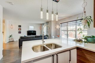 Photo 5: 1503 7171 Coach Hill Road SW in Calgary: Coach Hill Row/Townhouse for sale : MLS®# A1059178