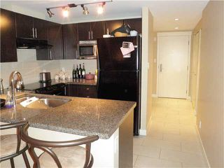 "Photo 3: 213 2520 MANITOBA Street in Vancouver: Mount Pleasant VW Condo for sale in ""VUE"" (Vancouver West)  : MLS®# V929976"